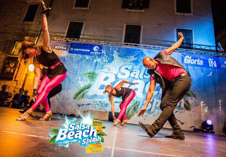 Caramelo Cha Cha Boogaloo Student Performance Team in Salsa Beach Splash Festival 2014